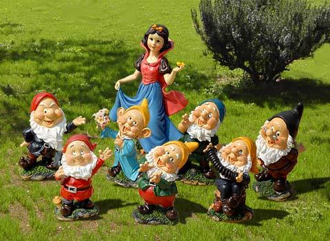 Vicini di casa pioggia di note sui danzatori - Statue da giardino in resina ...