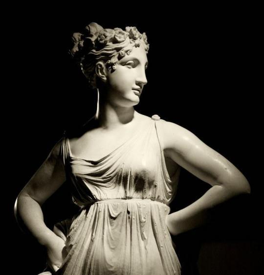 A. Canova, Danzatrice con le mani sui fianchi